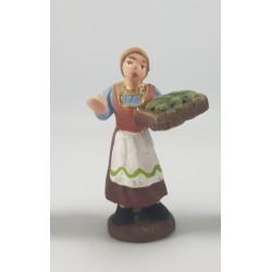 donna con cesto di verdure